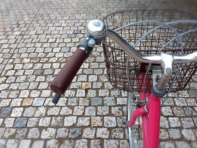 自転車でクリーニング